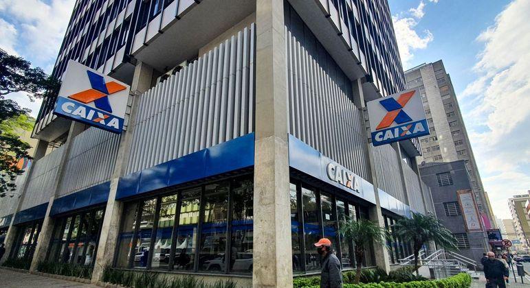 Caixa lança programa de crédito de R$ 300 a até R$ 1 mil